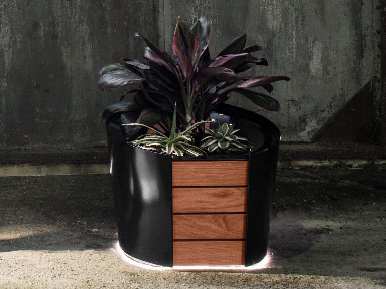 LUMCA – Furnishings Planter